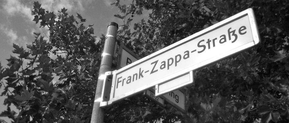 "Nächste Station ""Frank-Zappa-Str."""
